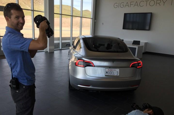 Tesla-Model-3-at-Gigafactory-with-Brian-Vance-and-Robin-Trajano