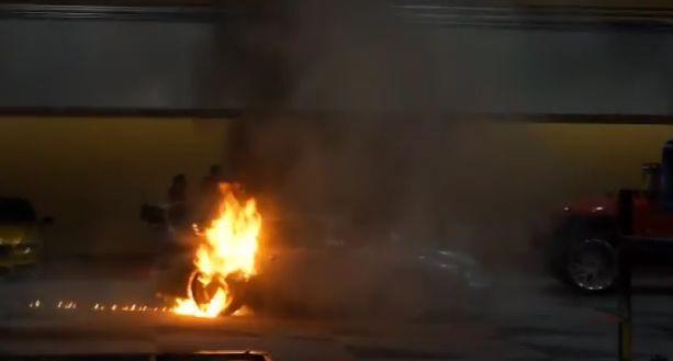 porsche incendiu