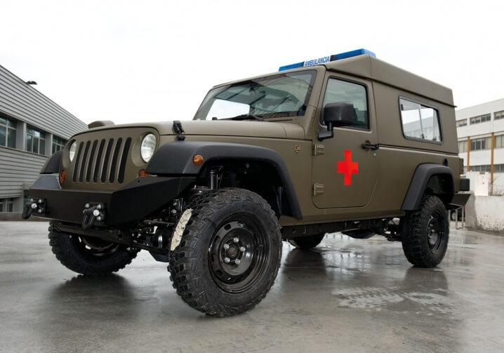 1433415652-img-Military Ambulance Jeep