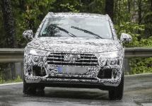 Audi Q5 Ediţia 2018 apare în fotografii spion în Europa, pare un Q7 mai mic