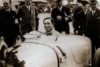 Bugatti Veyron şi-a luat numele de la un pilot Le Mans şi luptător al rezistenţei anti-naziste, Pierre Veyron