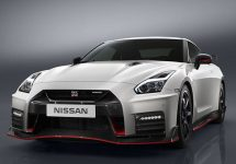 Noul Nissan Nismo GT-R 2017: monstrul japonez de 600 cai putere, mai vioi ca niciodată