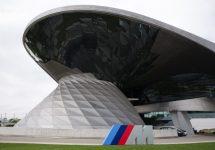 BMW Welt, sediul uriaș al bavarezilor este mai mult decât vă așteptați