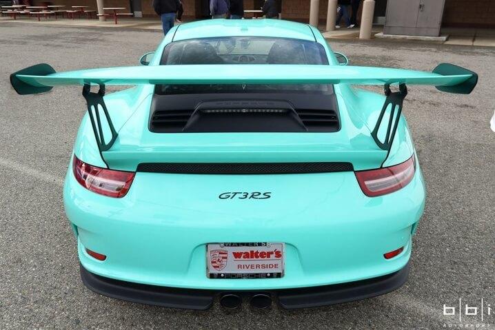 Porsche_911_GT3_RS_02