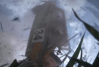 Accident filmat cu un GO PRO: o maşină Skoda s-a răsturnat într-o cursă de raliu