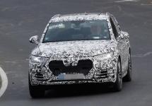 Audi Q5 2016 apare în noi fotografii spion, cu o grilă frontală proaspătă
