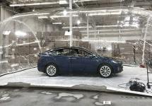 Tesla Model X vine cu un mod special de îmbunătățire al aerului respirat de pasageri