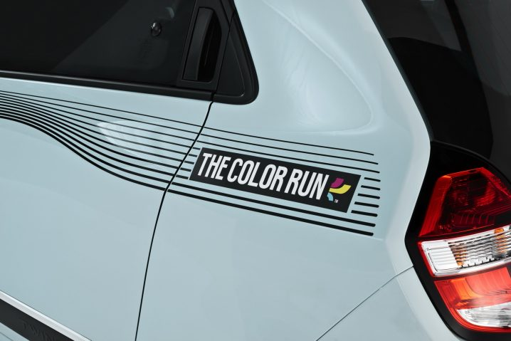 2016-renault-twingo-the-color-run-special-edition-5
