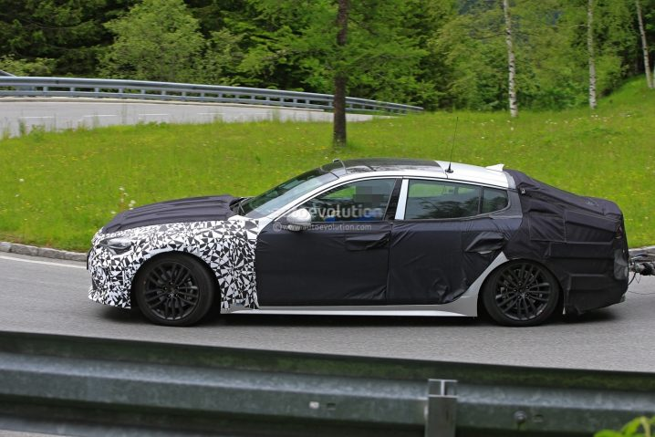 2018-kia-gt-looks-great-in-newest-spy-photos_11