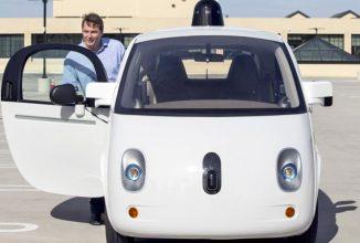 Maşina autonomă Google devine din ce în ce mai inteligentă; Acum ştie când şi cum să claxoneze