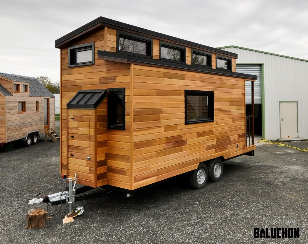baluchon casa lemn pe roti (6)