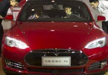 Tesla ar urma să construiască o fabrică în China, având intenţia a de creşte vânzările din Asia