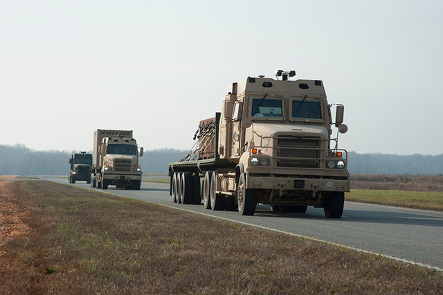 us-army-trucks-on-road-640x0