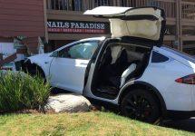 Înregistrările din jurnalul de bord al vehiculului Tesla Model X confirmă faptul că autopilotul era oprit în momentul producerii accidentului