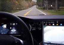 S-a întâmplat inevitabilul: pilotul automat a făcut prima victimă, pe un Tesla Model S în mod Autopilot