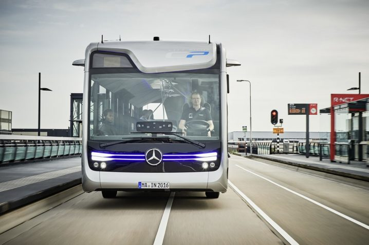mercedes-benz-future-bus-drives-20-autonomous-kilometers-in-amsterdam_1