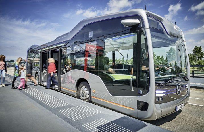 mercedes-benz-future-bus-drives-20-autonomous-kilometers-in-amsterdam_11
