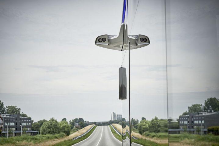 mercedes-benz-future-bus-drives-20-autonomous-kilometers-in-amsterdam_13