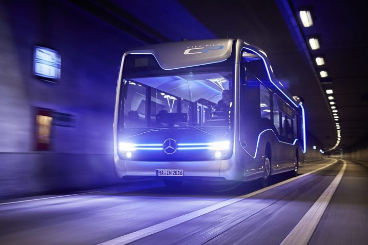 mercedes-benz-future-bus-drives-20-autonomous-kilometers-in-amsterdam_4