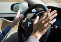 Tabăra anti maşini autonome ia atitudine în urma accidentului fatal cu o Tesla pe pilot automat