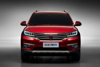 Grupul chinez Alibaba va aduce platforma YunOS pe un automobil în acest an; pregătește și o tehnologie de șofat autonom