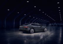 Tesla anunţă o creştere a producţiei, după ce a ratat ţinta de modele pentru trimestrul 2