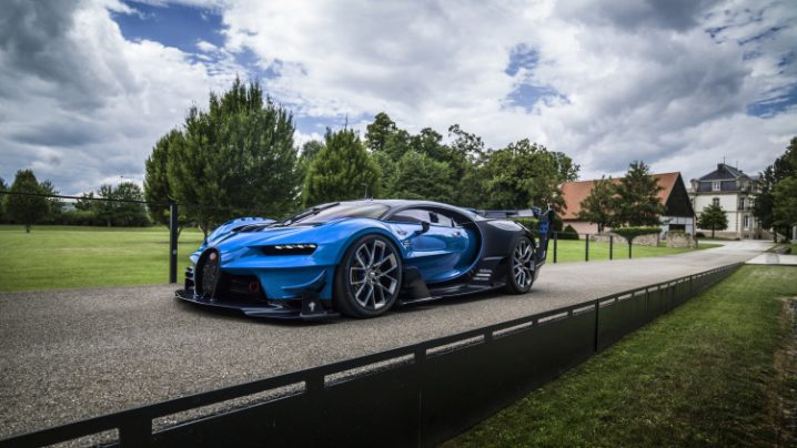 03-bugatti-pebble-beach-2016-1