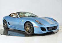 Unul din cele 80 Ferrari 599 SA Apertas iese la vânzare pentru uriașa sumă de 1,7 milioane de dolari