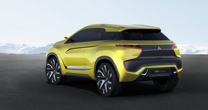 Mitsubishi-eX-Concept-3