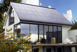 SolarCity pune în aplicare ideea de afaceri a lui Elon Musk și începe producția de acoperișuri solare
