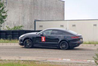Poze spion cu viitorul Porsche Cayenne Coupe; Crossoverul ia forma unui Panamera mai înalt