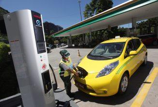 Timișoara devine primul oraș cu taxiuri electrice din țară