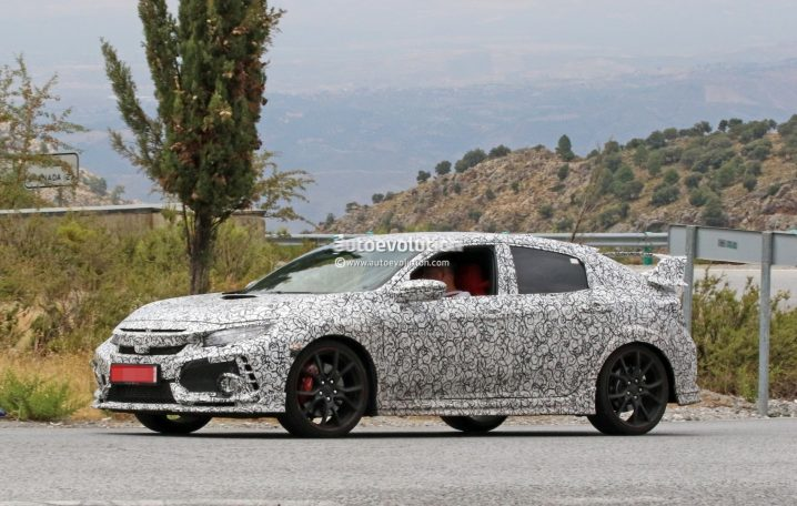 2018-honda-civic-type-r-spotted-in-spain-gets-closer-to-production_2