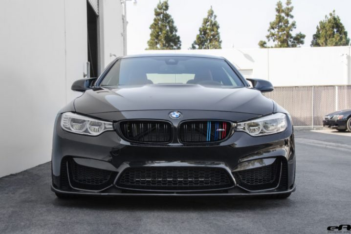 blacked-out-bmw-m4-with-vorsteiner-aero-and-wheels-3-750x500