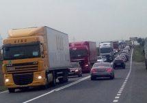Protestul împotriva creșterii RCA continuă; Cozi lungi de autocamioane pe centura orașului Alba Iulia