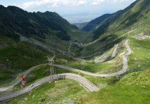 Transfăgăraşanul împlineşte 42 de ani de la inaugurare; De la drum militar, la peisaj feeric (Video)