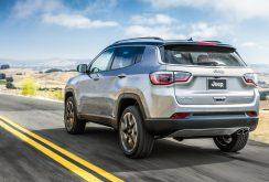 Jeep dezvăluie noul model Compass, un SUV ce se încadrează între Renegade si Cherokee