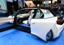Volkwagen se pregătește să rivalizeze cu Uber; Compania germană investește 300 milioane de dolari într-o firmă de transport persoane