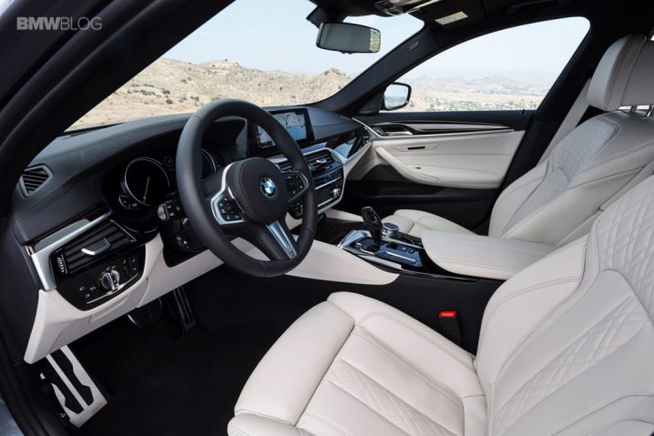 bmw-g30-5-series-m-sport-interior-31-1024x683