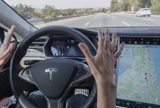 Autoritățile germane avertizează posesorii de automobile Tesla în legătură cu sistemul autopilot