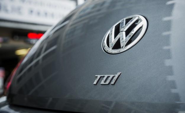 2015-volkswagen-beetle-tdi-133-626x382