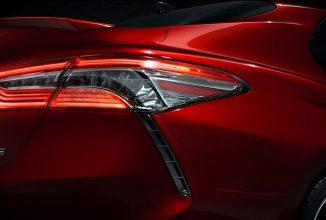 Toyota prezintă o imagine teaser pentru noul model Camry; iată sedanul care promite să uimească la capitolul design!