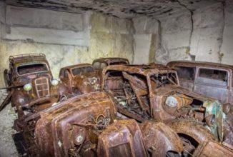 Câteva maşini franţuzeşti au fost descoperite abandonate într-o mină, ar putea fi ascunse acolo din Al Doilea Război Mondial