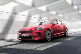 KIA Stinger este un sedan sportiv cu design spectaculos ce debutează la Salonul Auto din Detroit!