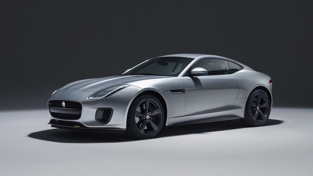 jaguar f type 2018 footgrafii (4)