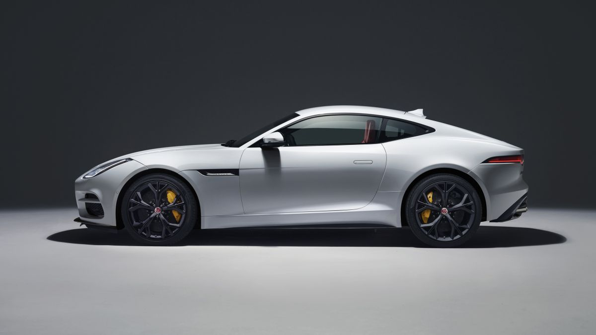 jaguar f type 2018 footgrafii (5)