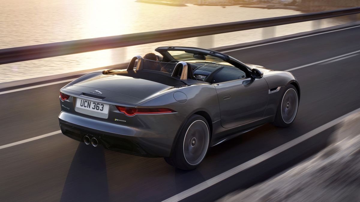 jaguar f type 2018 footgrafii (6)
