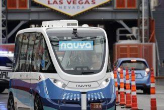 Un mini autobuz autonom a început să fie testat în Las Vegas în aceste zile: Navya Arma