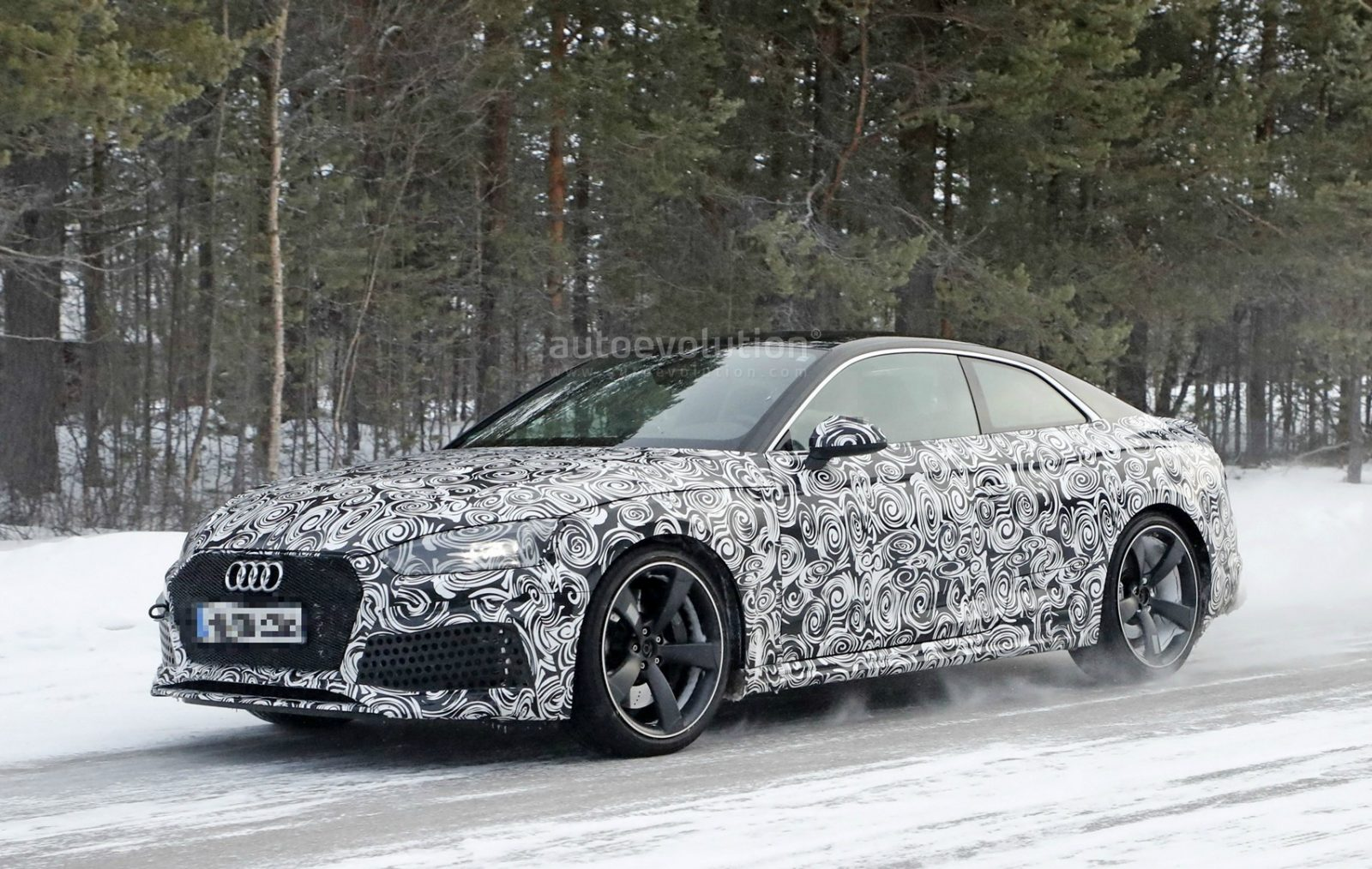 2018-audi-rs5-coupe-winter-testing-with-450-hp-600-nm-twin-turbo-v6_3