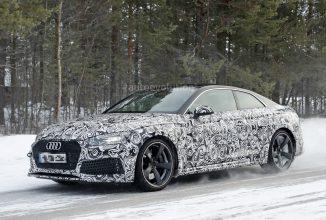 Audi RS5 Coupe 2018 e testat în zăpadă, apare în fotografii spion; La bord avem un motor twin turbo V6